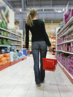 woman-shopping-lg