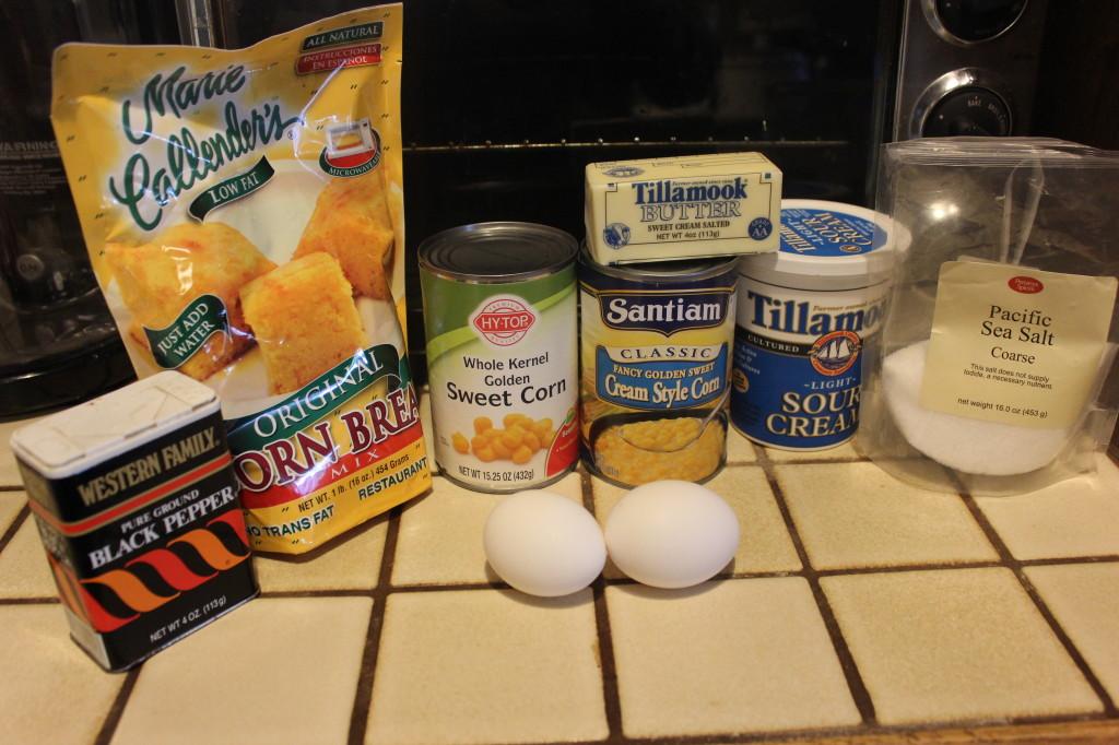 Easy Creamy Corn Casserole Recipe