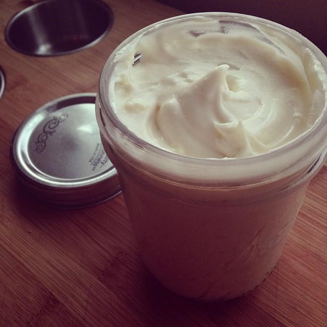 Homemade Cream Cheese Frosting Recipe