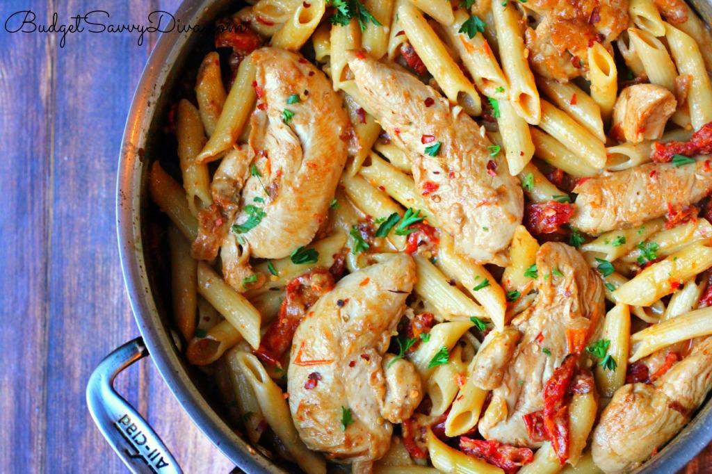 Chicken Mozzarella Pasta with Sun-Dried Tomatoes Recipe