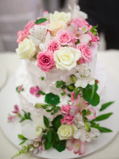 Wedding cake decorated with beautiful flowers