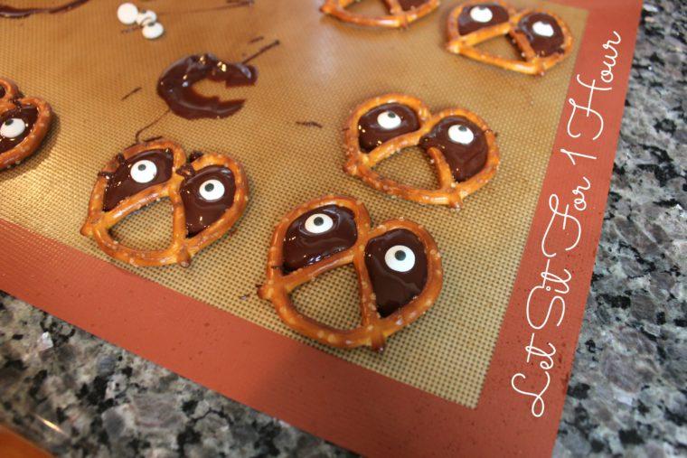 halloween-pretzel-4