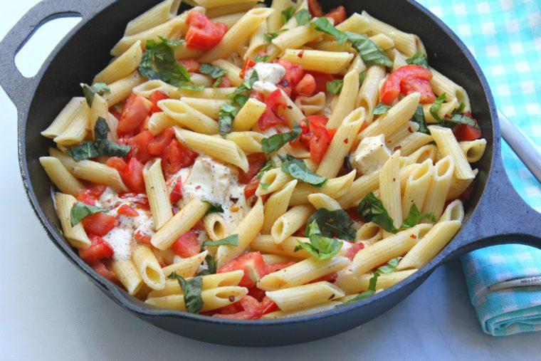 tomato-mozzerella-pasta-2