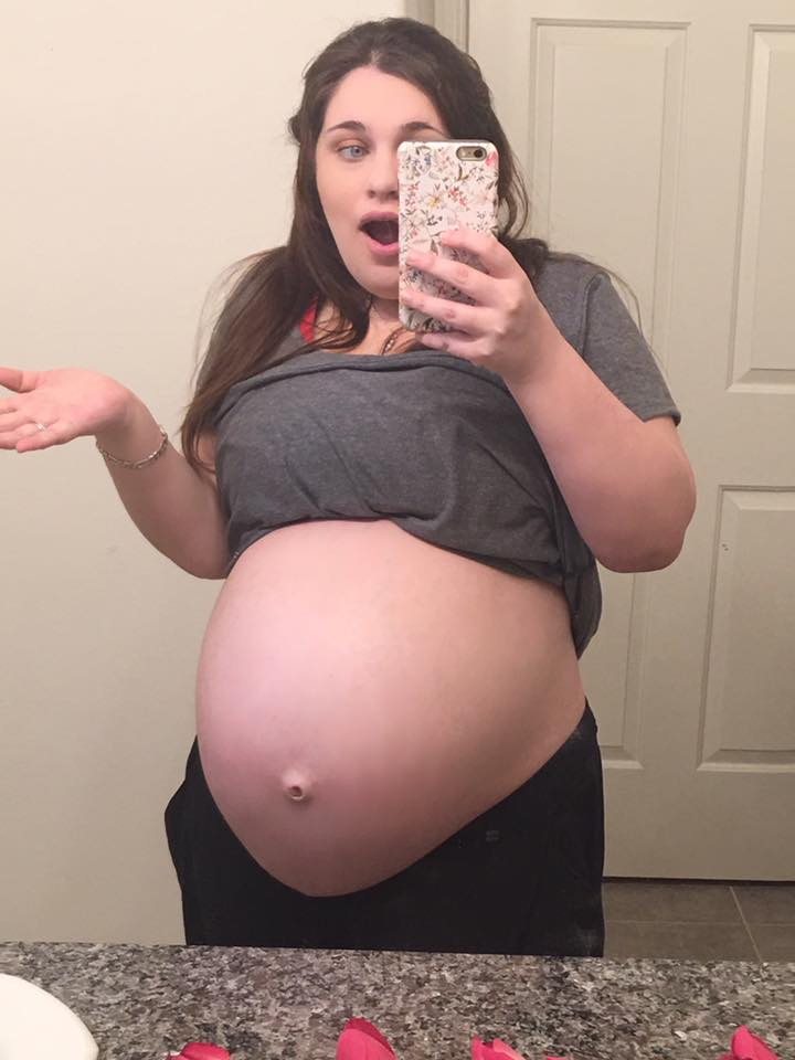 50cfea480525f 29 Weeks Pregnant With Twins Update   Budget Savvy Diva